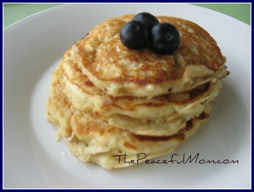 Oatmeal-Pancakes-navy-blue-border