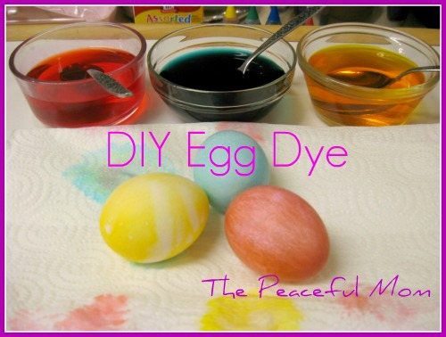 DIY Easter Egg Dye -- The Peaceful Mom