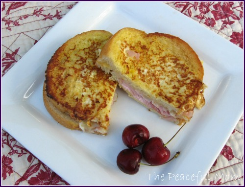Monte Cristo Sandwich With Fontina Cheese