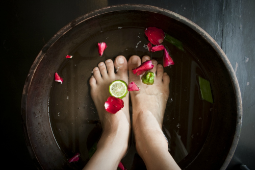 soaking-feet