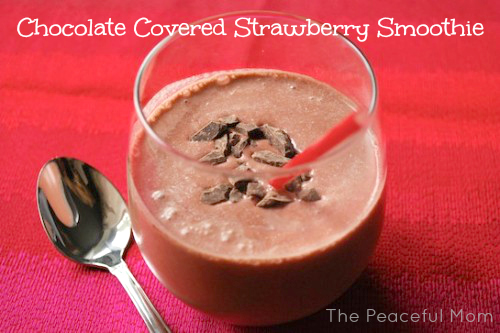 Chocolate-Covered-Strawberry-Smoothie-The-Peaceful-Mom