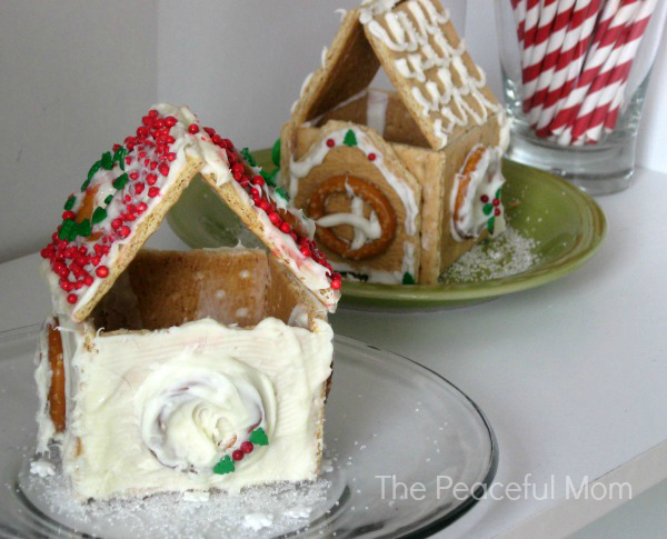 Mini Gingerbread Houses 4 - The Peaceful Mom