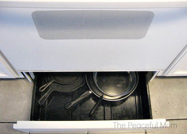 Spring Clean Oven Drawer - The Peaceful Mom