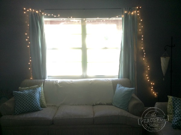 Budget Christmas Decor -- Living Room Window -- The Peaceful Mom